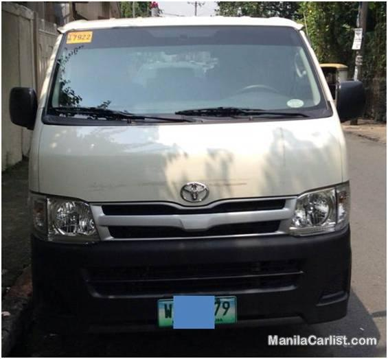Picture of Toyota Hiace Manual 2013