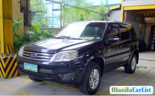 Pictures of Ford Escape Automatic 2010
