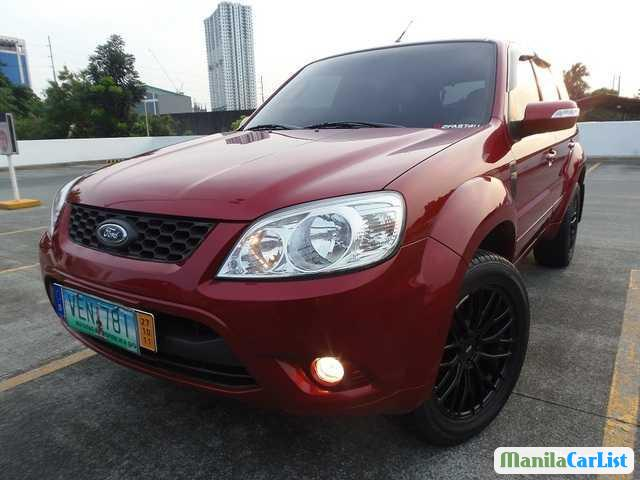 Pictures of Ford Escape Automatic 2012