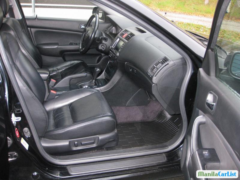 Honda Accord Automatic 2005 - image 2