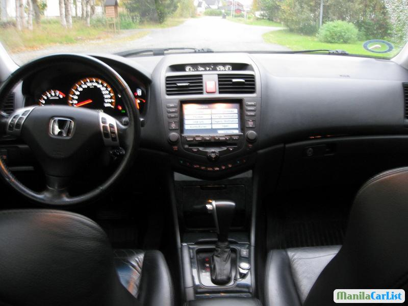 Honda Accord Automatic 2005 - image 5