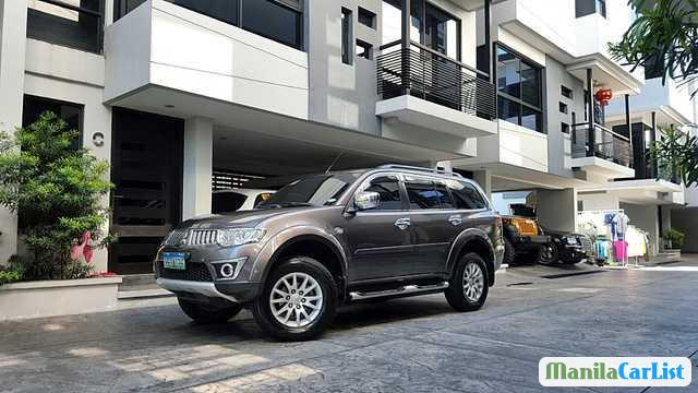 Picture of Mitsubishi Montero Sport Automatic 2012