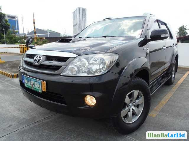 Picture of Toyota Fortuner Automatic 2008