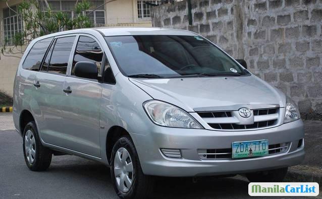 Picture of Toyota Innova 2011