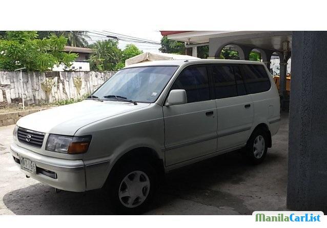 Picture of Toyota Revo 2000