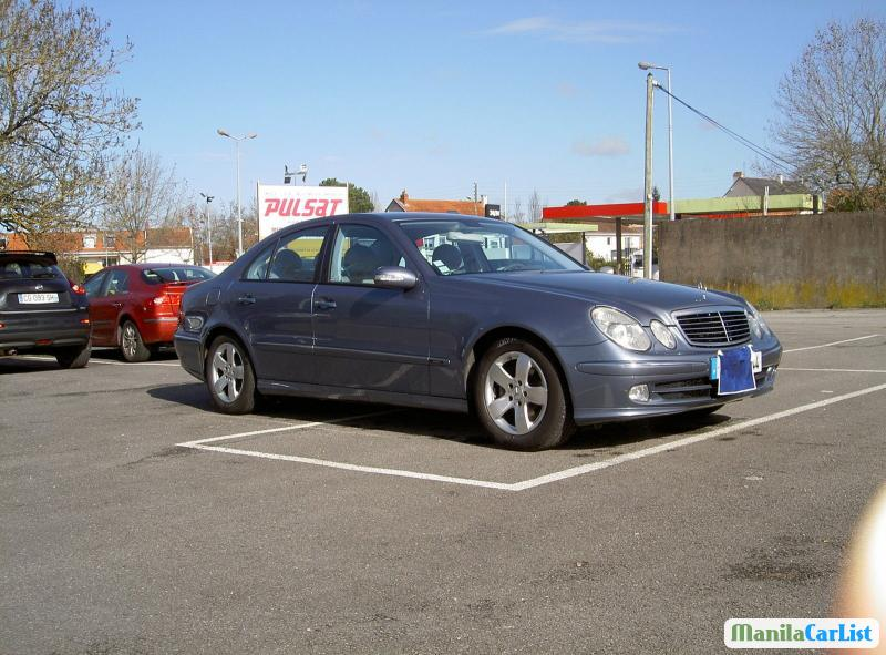 Pictures of Mercedes Benz E-Class Automatic 2003