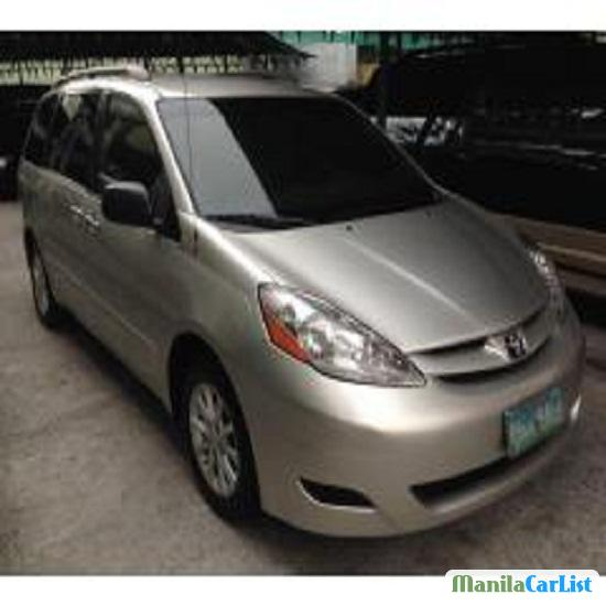 Picture of Toyota Sienna Automatic 2007