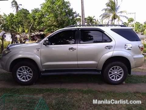 Picture of Toyota Fortuner G Automatic 2010