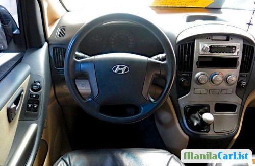 Hyundai Grand Starex Manual 2009 - image 2