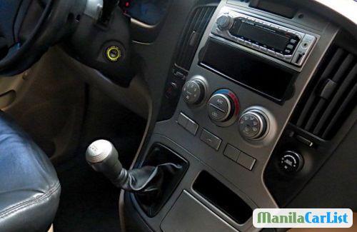 Hyundai Grand Starex Manual 2009 - image 3