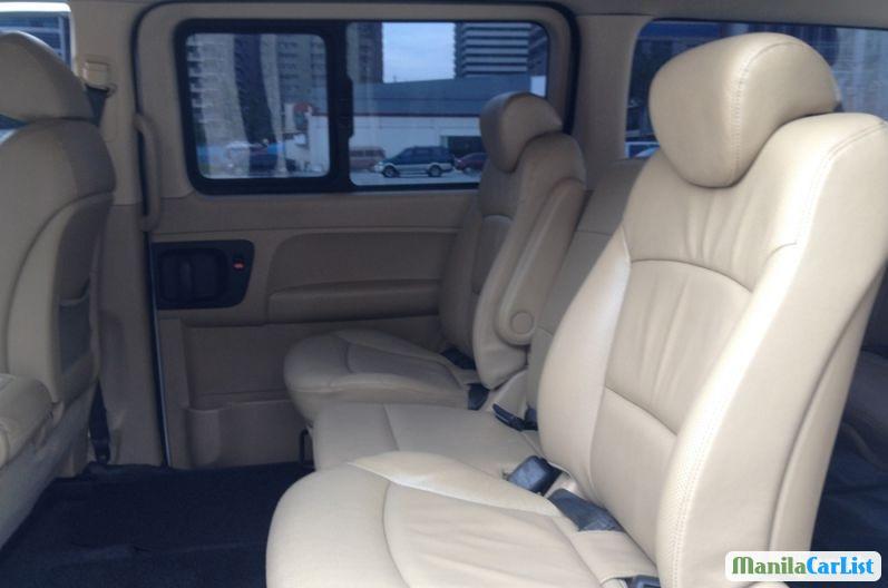 Hyundai Grand Starex Automatic 2009 - image 4