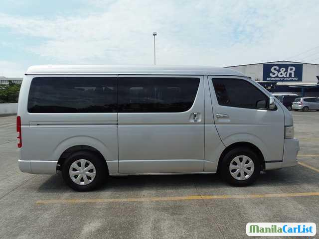 Pictures of Toyota Hiace Manual 2013