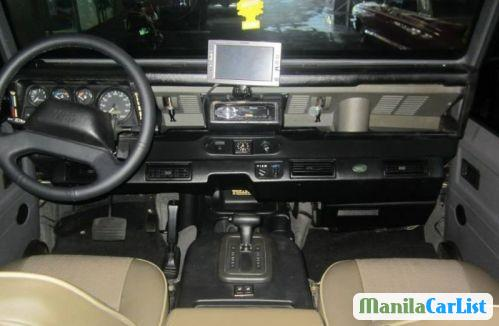 Land Rover Defender Automatic 1997 - image 3