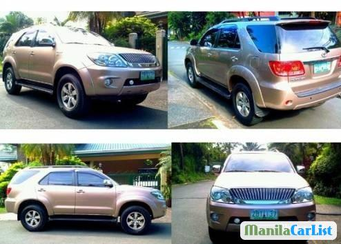 Picture of Toyota Fortuner Automatic 2006