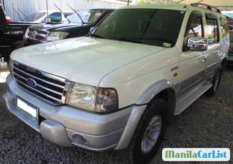 Pictures of Ford Everest Automatic 2004