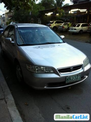 Picture of Honda Accord Automatic 2000