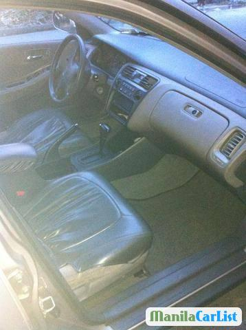 Honda Accord Automatic 2000 - image 2