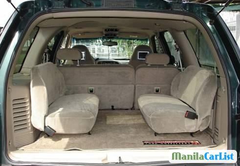 Ford Expedition Manual 2002 - image 3